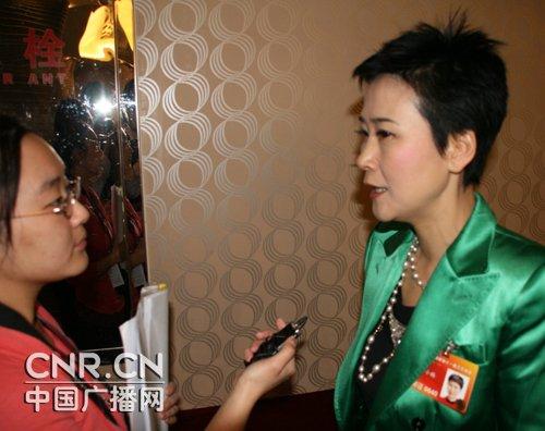 (本网专访)李小琳:从小处着手实践低碳生活