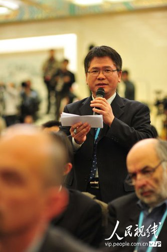 图文:韩国记者提问外交部部长杨洁篪