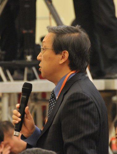 图文:香港凤凰卫视记者提问