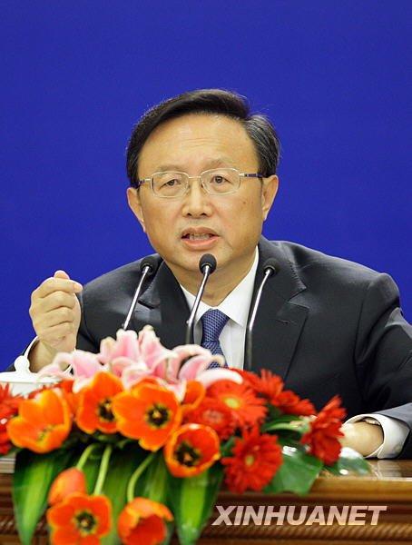 3月7日,十一届全国人大三次会议举行记者会,外交部部长杨洁篪答记者问。(邢广利摄)