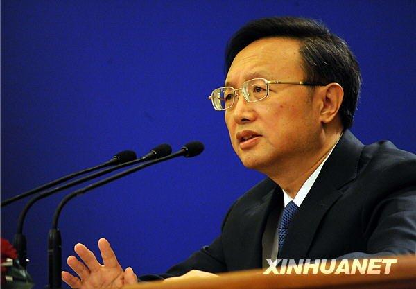 3月7日,十一届全国人大三次会议举行记者会,外交部部长杨洁篪答记者问。(金良快摄)