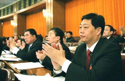 三门峡市委书记谈资源型城市发展