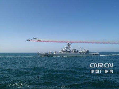 东海舰队副司令员:海军要向大型化综合化发展