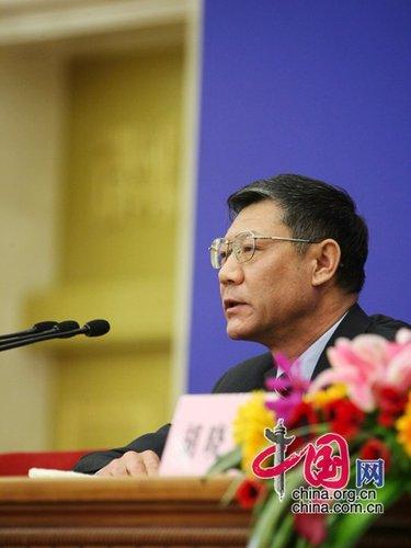 图文:住房和城乡建设部部长姜伟新答记者问