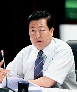 周生贤:将影响群众健康的问题作为环保重点