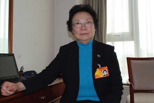 朱天慧代表:高考分批次录取应取消