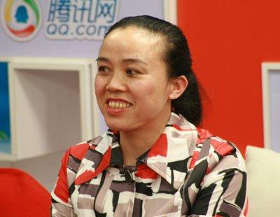 蒙兰凤代表:高校应尝试多渠道招生