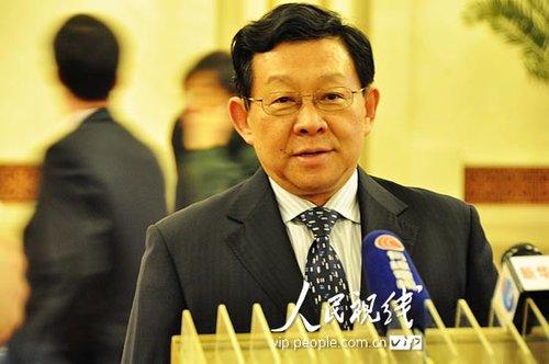 图文:商务部长陈德铭接受记者采访
