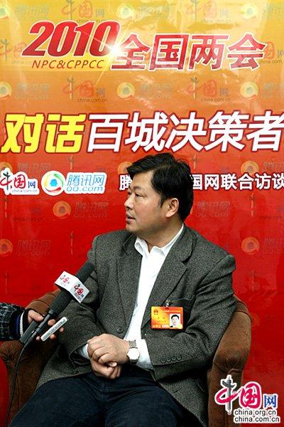 安徽铜陵市长:调结构接转移要从群众利益出发