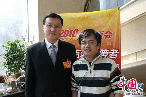 日照市委书记杨军:邀请网友观看水上运动会