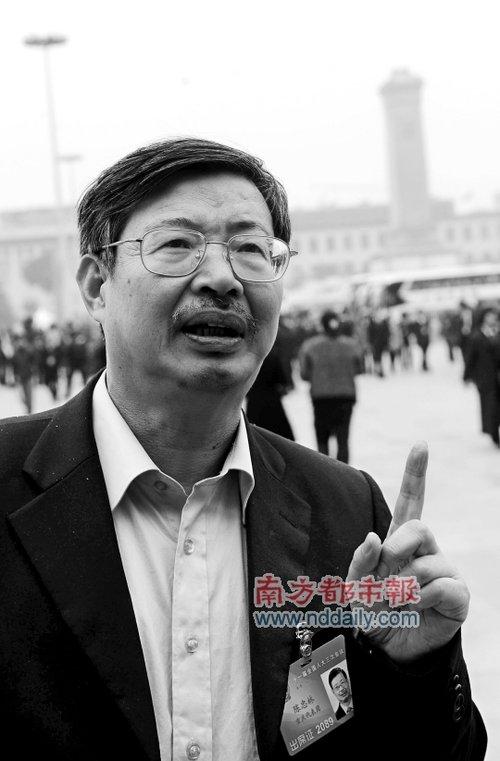 重庆大学法学院长陈忠林:我所看到的李庄案