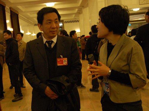 图文:全国政协委员倪晋仁接受新华网专访
