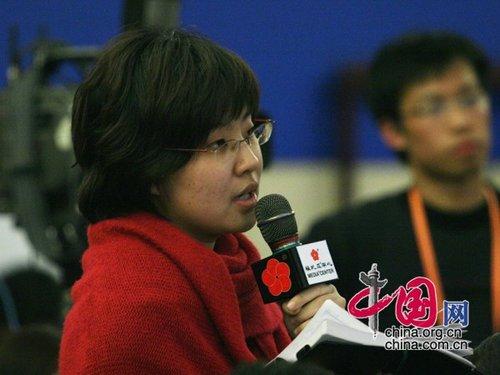 图文:中国经营报记者提问