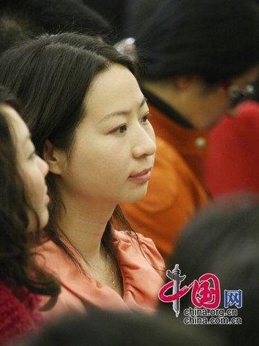 图文:温总理答记者会上的记者