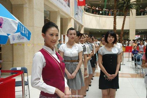 南航招募1000名新空姐堪称史上之最(图)