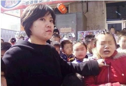 检察院女公务员因车漆被刮掌掴女童被拘15日
