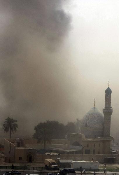 巴格达爆炸发生前先遭一系列迫击炮弹袭击