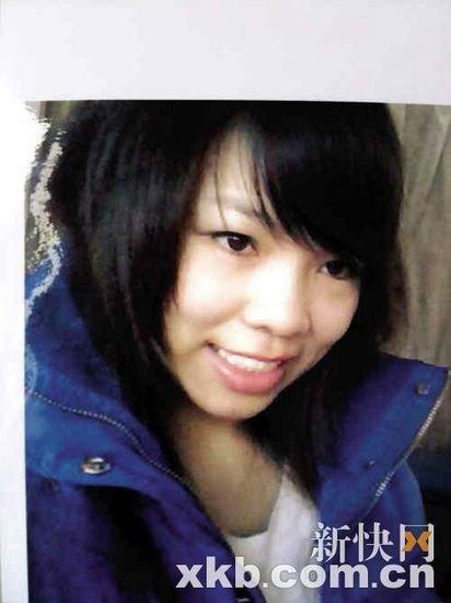 李彩虹生活很节俭,一直照顾着父母和弟弟。