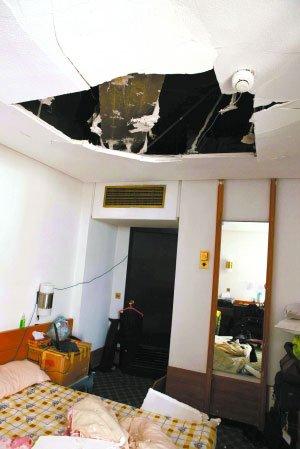爆炸殃及新华社分社和中国使馆