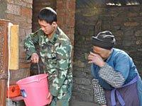 组图:贵州省平坝县抗旱片段
