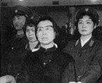 江青庭审拒绝辩护