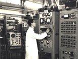 英国卢瑟福高能物理试验室