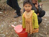 组图:贵州盘县旱区的孩子们