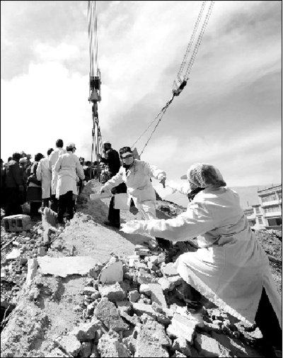 玉树地震遇难者增至1484人 仍有312人失踪