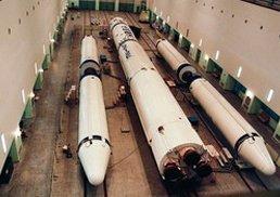 长征二号E运载火箭在技术厂房