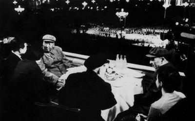 1971年五一节林彪公开反抗毛泽东始末