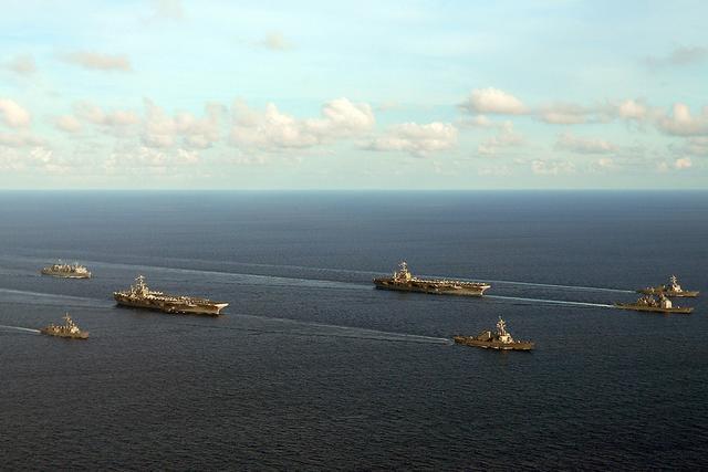 """美对南海政策军事化背后:妄图""""以力量投射规则"""""""