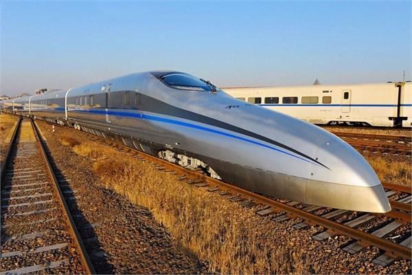 高铁时速有望再翻倍 国内试验时速605公里列车