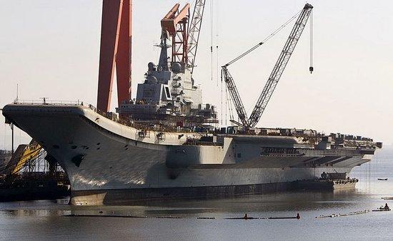 美称解放军部署新型潜艇 瓦良格号夏季将试航