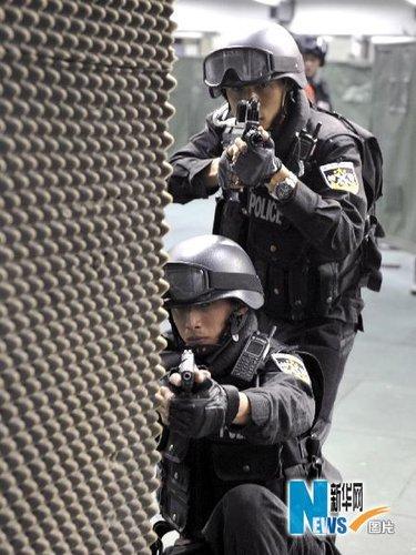 """狙击手苦练""""一枪毙命"""":接令到开枪不超5秒"""