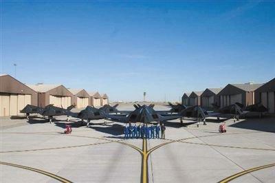 美军揭秘无人机基地 无人机8年致死数百平民(图)