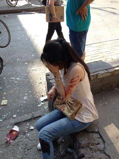 高清图—北京东城区光明路一金凤成祥发生爆炸20130724