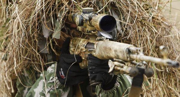 俄军获新迷彩油膏:令士兵在探测设备前完美隐身