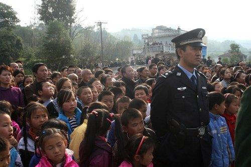 陕西安康公开拘留阻挠重点工程村民 称是普法