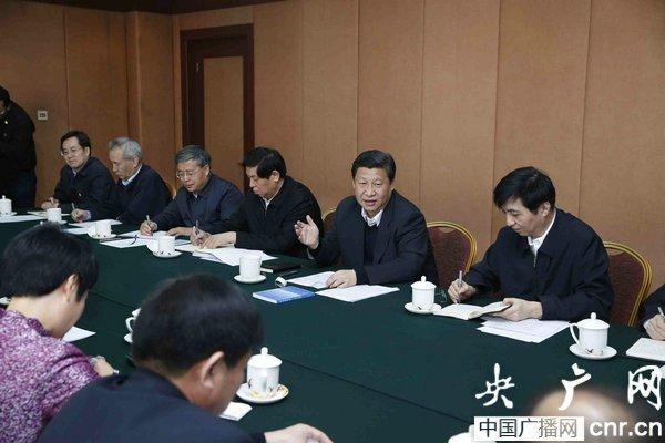 习近平同专家学者代表座谈:创造中华文化新的辉煌