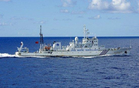 中国海监船国庆期间巡黄岩岛 驱离外籍渔船