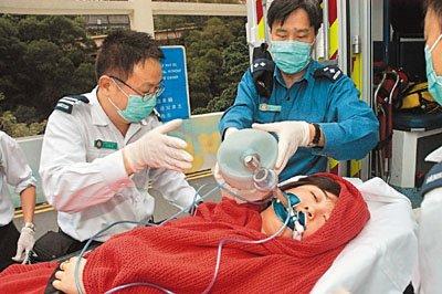 麻醉药过敏导致昏迷,5月1日仍在伊利沙伯医院留医,情况危殆.黄嘉图片