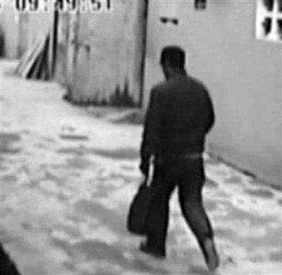 南京枪案疑犯14秒逃跑视频公布 跑步外八字(图)