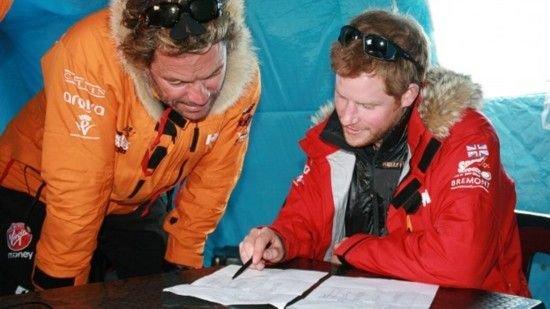 英国哈里王子与来自美国、加拿大及澳洲的伤残军人跋涉320公里后抵达南极。