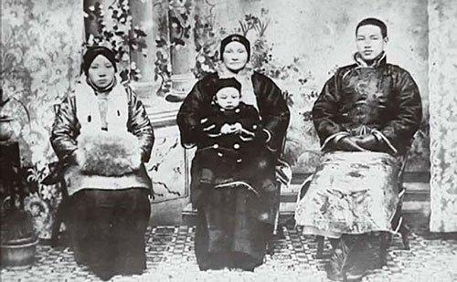 蒋介石真实的情史家事:生命中有4个女人