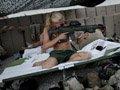 驻阿瑞典军队女兵与男兵同住同战斗