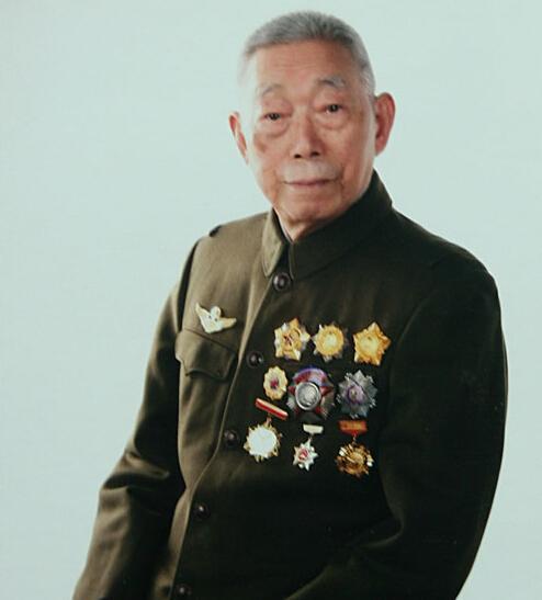 98岁开国将军逝世 曾率部击落击伤88架美机