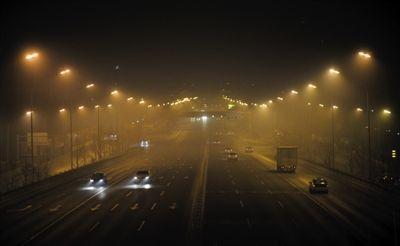 北京今夜将达重污染 环保部门建议勿放烟花爆竹