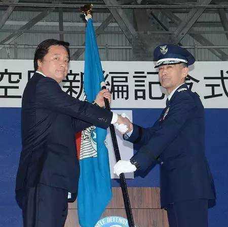 新设航空团:日本不断在冲绳加强军力为哪般?