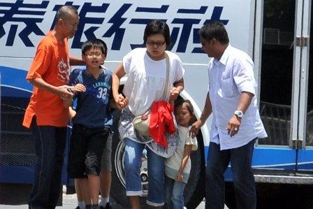 香港旅行团在菲律宾遭枪手挟持 6名乘客获释
