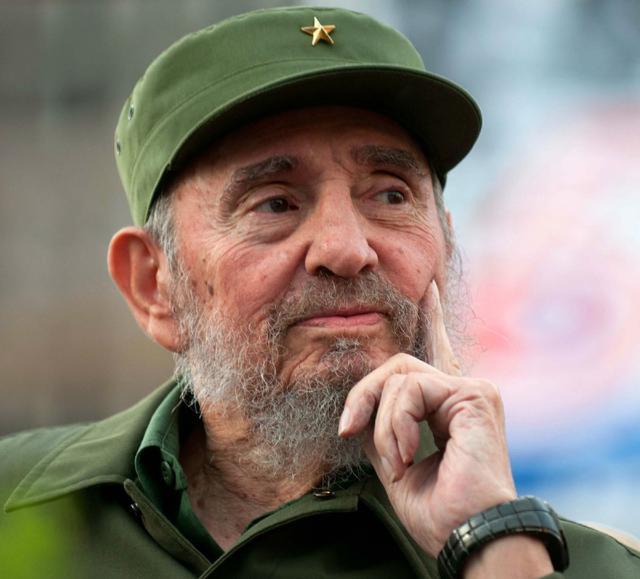 古巴革命领袖菲德尔-卡斯特罗去世 享年90岁